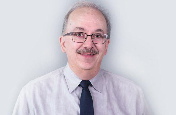 Dr  Philip J  Weighner of East Paris Medicine Associates, P C